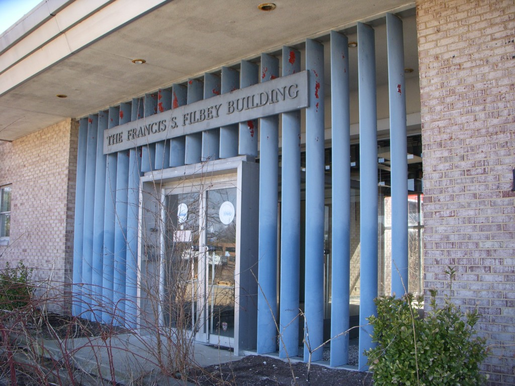 The USI Robodyne Automation Center, 12345 Columbia Pike, has louvered panels that bring light and air into graveled recessed spaces flanking the front vestibule.  The building has a high level of architectural