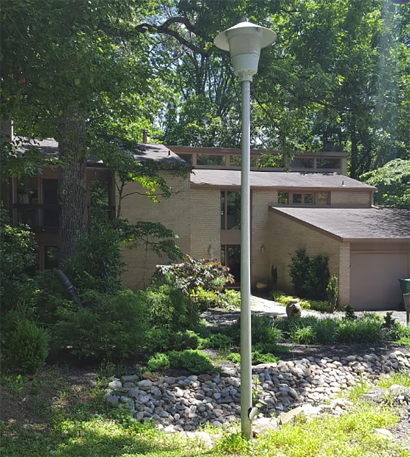 Potowmack Preserve has flying saucer style streetlights -- very compatible with the community's midcentury modern houses.