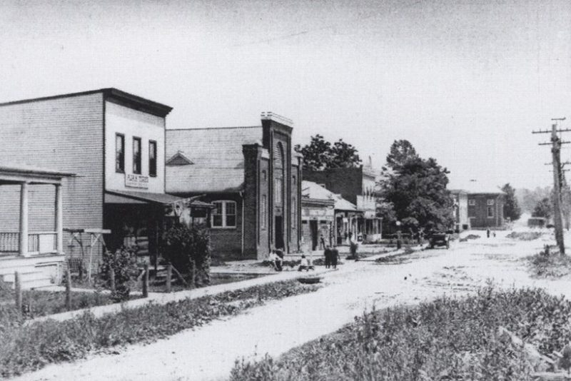 Black and white photo of Georgia Avenue looking south near Silver Spring Avenue from around 1920 when Georgia Avenue was called Brookeville Avenue