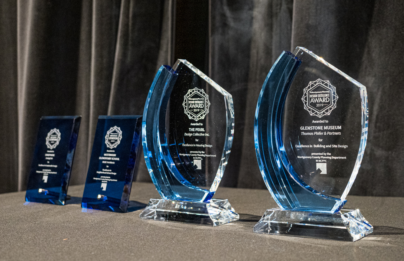 2019 Design Excellence Award trophies